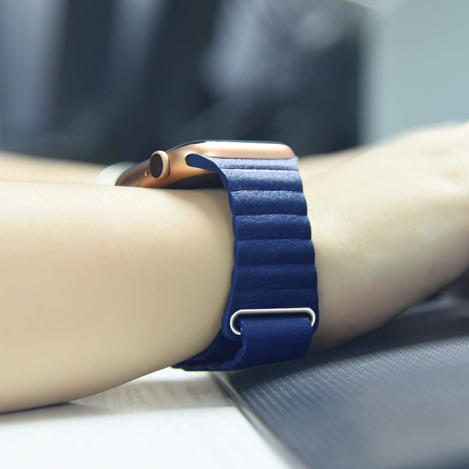 Apple watch magnetic Leather Loop Blue 2
