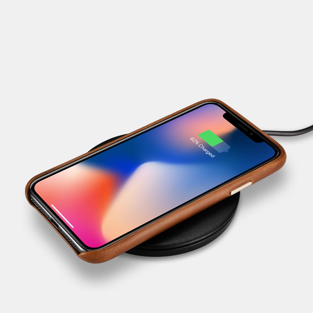 iPhone Leather Case with wireless charger